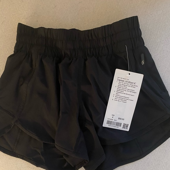 lululemon athletica Pants - Tracker LR Short 4""